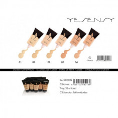 MAQUILLAJE FLUIDO YESENSY 4 COLORES 30ML.(0.55 UNIDAD)PACK 20  YESENSY